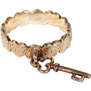 Antique 'Key to my Heart' Gold Charm Ring