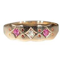 Vintage 18k Edwardian Ruby and Diamond 3 Stone Ring Hallmarked Birmingham, England 1918