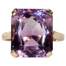 Vintage Deep Amethyst Ring in Gold