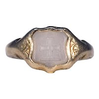 Victorian Intaglio Signet Ring 15k Gold Chalcedony