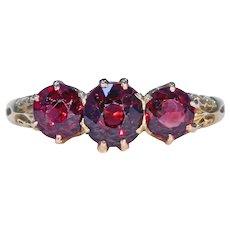 Victorian 3 Stone Garnet Ring 18k Gold
