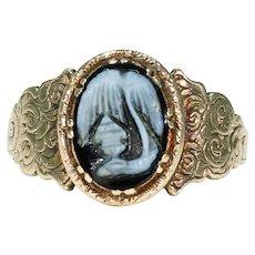 Victorian Sardonyx Memorial Ring 18k Gold Memento Mori