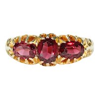 Unusual Edwardian 3 Garnet Ring 18k Gold Hallmarked 1904