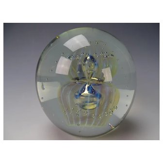 Large Signed 2004 Eickholt Art Glass Opalescent Jellyfish Paperweight