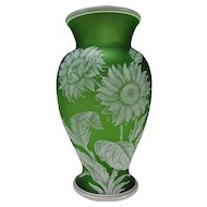 Fine Antique Webb GEM Cased Cut Sunflowers Cameo White to Green Glass Vase