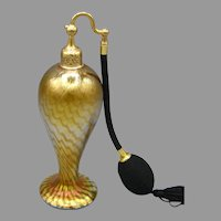 1924 DeVilbiss Art Glass Perfume Atomizer