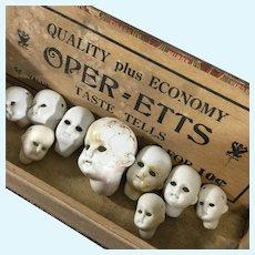 Halloween Centerpiece Kit~ 9  Doll heads~ no eyes!  in Decrepit Box~