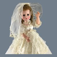 """20""""~ All Original~ Hard Plastic~ Bride w vinyl arms and flat shoes"""