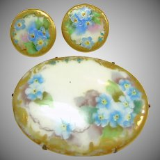Victorian Hand Painted Broach and 2 Matching Buttons