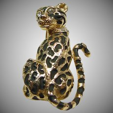 Gold Tone Leopard Brooch