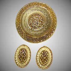Brooch and Earring Set of Bright Gold Tone Metal