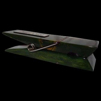 Original 1930's Bakelite Clothespin Desk Minder ~ Swirled Green