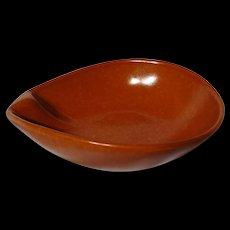 Roseville Raymor Terra Cotta Lugged Fruit Bowl #192