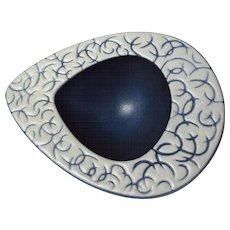 North Carolina Hyalyn Pottery Mid Century Modern Design Bowl