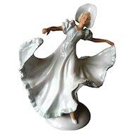 Vintage Schubach Kunst Dancing Lady Figurine