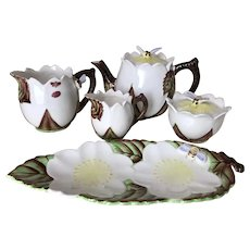 Vintage Lefton Bee Line Tea Set