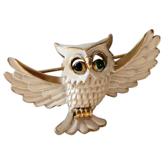 Vintage 1960's Crown Trifari Figural Owl Brooch White and Green Enamel with Gold Tone Accents
