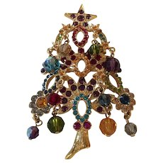 Elegant Kirks Folly Crystal and Beaded Christmas Tree Brooch: Pin
