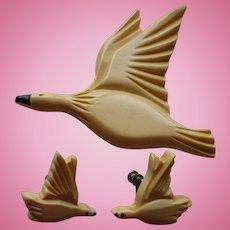 Bakelite Flying Duck Pin & Earrings