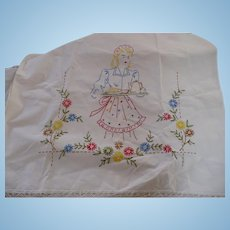 3 Pc Hand. Embroidered Waitress Linens