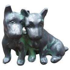 Cast Iron Dogs Figurine