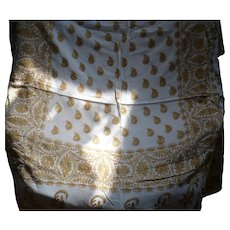 India Embroidery Tablecloth & Napkins