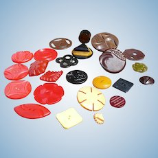 Group Bakelite Buttons 25