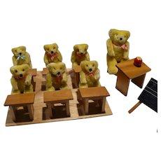 Small Bear  School