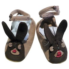 Child's Brown Bunny Felt Slippers