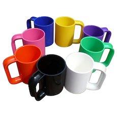 8 Heller Plastic Cups