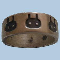 Sterling Emogilike  Band Ring