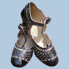 1940s Ladies T-strap Heel Shoes