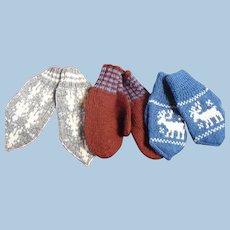3 pair 1950's hand Knit MIttens Childrens