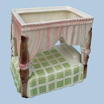 Shawnee Bed Planter