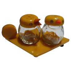 Bakelite Bird Salt & Pepper Set