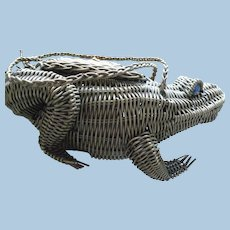 Wicker Frog Purse