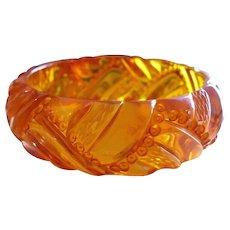 Carved Applejuice Bracelet