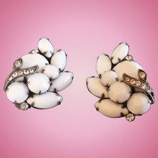 Eisenberg Ice White Earrings