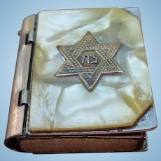 Jewish Star Pillbox