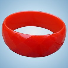 Red Bakelite Facet Bracelet