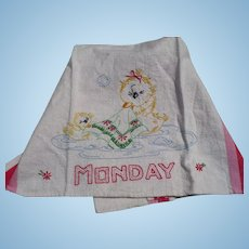 Monday Embroidered Duck Towel