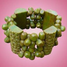 Green Bakelite Stretch Bracelet