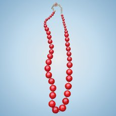 Red Bakelite Bead Necklace