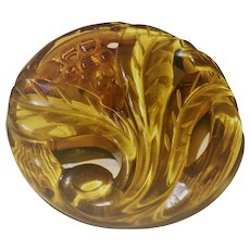 Applejuice Top Carved Bakelite Pin