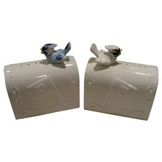 Enesco Mailbox Salt & Pepper Set