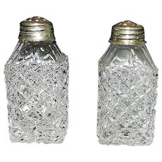 Vintage Imperial Glass Quilted Diamond Salt and Pepper Shakers