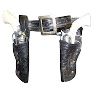 Vintage Esquire Actoy Pony Boy Double Six Shooter Cap Pistols With Holster