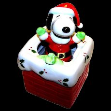 Vintage Schmid Ceramic Snoopy Christmas Music Box