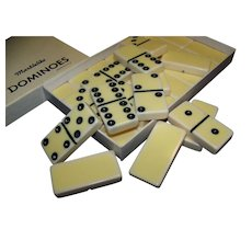 Vintage No. 616 Puremco Domino Set