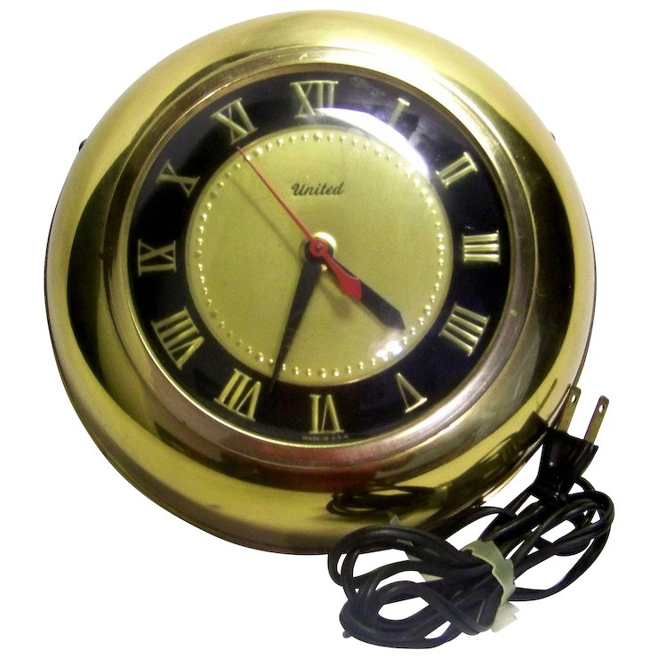 Vintage United Clock Company Brass Wall Clock My Grandmother Had